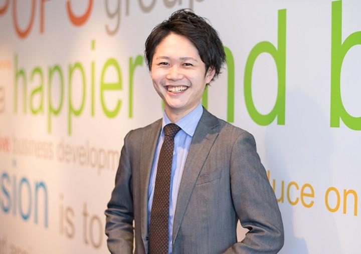2012入社 (10年目/事業部長 兼 人事)S.Tomohiro