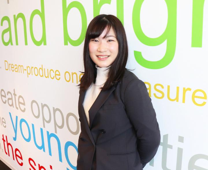 2019入社(2年目/店長)H.Yumika