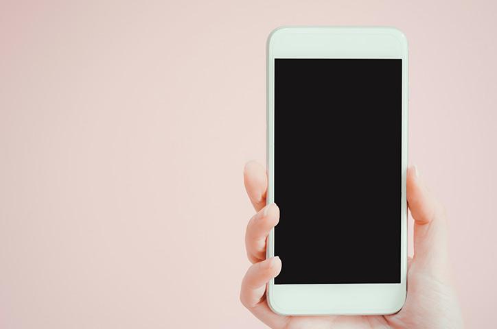 iPhone 画面割れ 修理方法まとめ