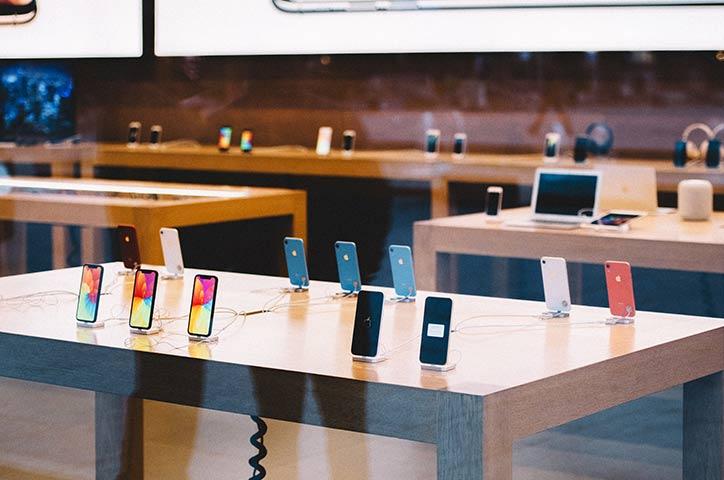 iPhone 12 mini アップルストア