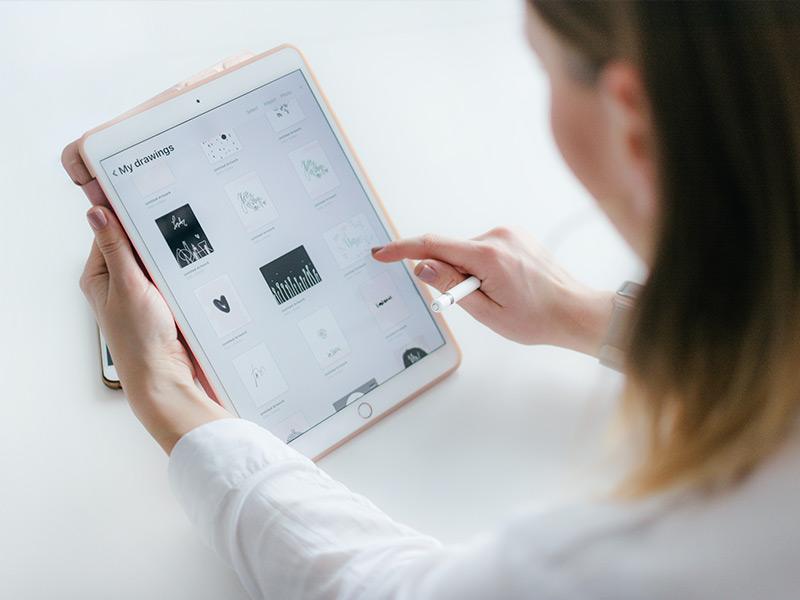 LINEMO iPad Apple Watch