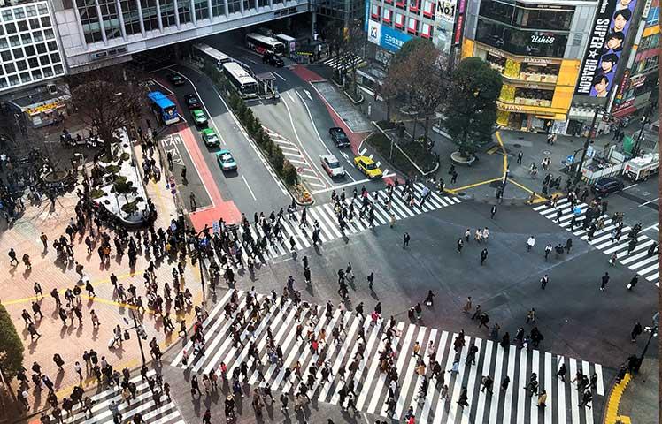 平日10時渋谷